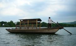 西湖 (El lago del Oeste Xihu)